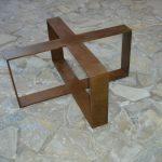 Mesa Hierro oxidada. Cruz
